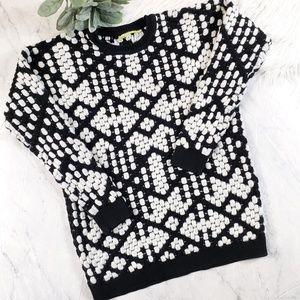 Gianni Bini Black & White Harley Oversized Sweater